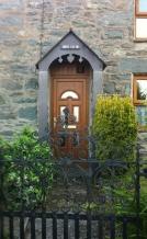 portico-bryn-estyn