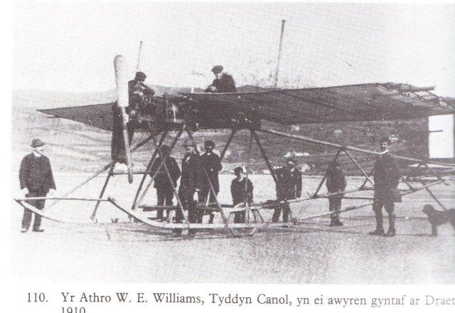 awyren W E Williams