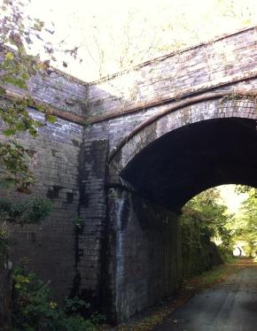 Pont y Rheilffordd Bryn Bela