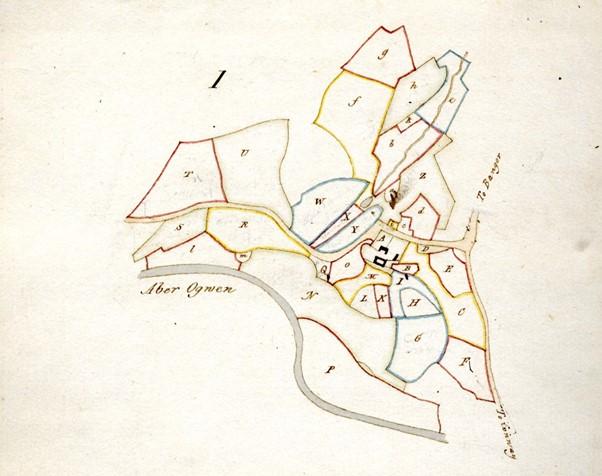 Cynllun o safle'r plasty yn Arolwg y Penrhyn 1768 cyn i Wyatt ail gynllunio'r tŷ a Hopper adeiladu'r castell; Arolwg y Penrhyn 1768, Llawysgrif Penrhyn Ychwanegol 2944. Drwy ganiatâd Archifau a Chasgliadau Prifysgol Bangor.