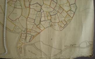 Morfa Aberogwen yn 1768 - manylyn o Fap Arolwg y Penrhyn 1768 gan George Leigh. Drwy garedigrwydd a chaniatâd Archifau a Chasgliadau Arbennig, Prifysgol Bangor